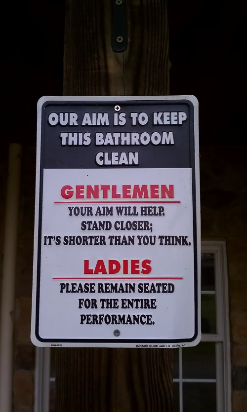 funny-bathroom-signs-12