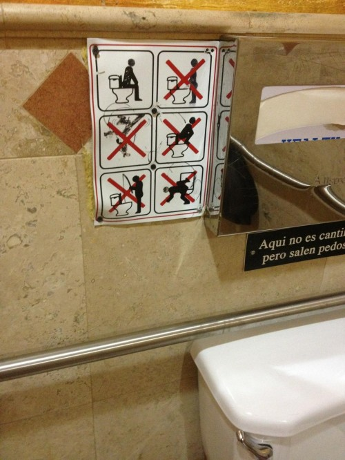 funny-bathroom-signs-7